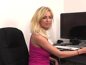 Victoria White Gives a Fuck in the Office
