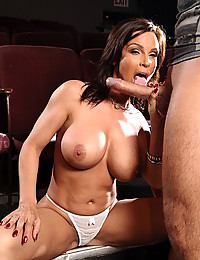 Hot looking mommy fucked