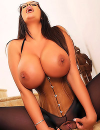 Huge titties chick in corset