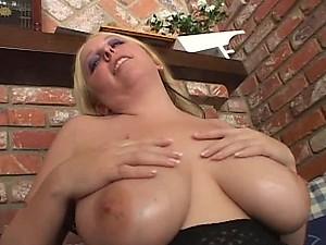 Black Cock For Big Breasted MILF Crystal Rose In Interracial Vid