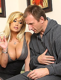 Two naughty milfs team up