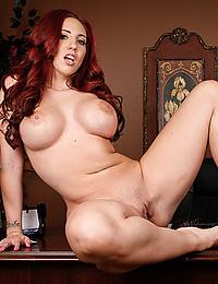 Luscious Redhead Kelly Spreads Pussy Lips