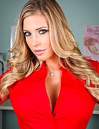 Naughty Samantha Saint Spreads Her Pussy