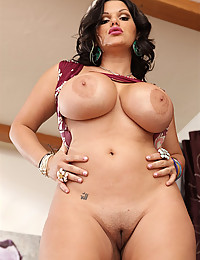 Milking Angelinas Huge Round Tits