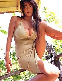 Nemoto Harumi posing her big breasts in hot dress