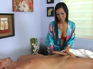 Gorgeous Asian Tia Ling Gets Fucked By Big Dong