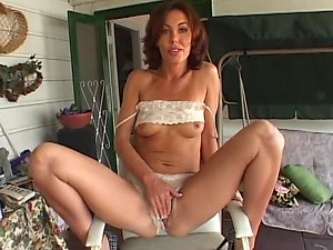 Outdoors POV Sex With Sexy MILF Nancy Vee