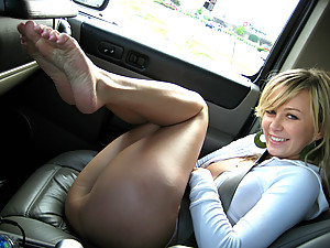Teen Kasia - Car Wash