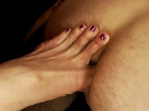 TS Yasmin Lee toe fucks, ass fucks, face fucks and pounds her date.She shoves her toes in his ass & makes him suck them clean, she cums in his mouth.