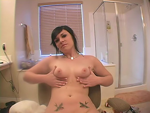 Andi Love - The nice-sized yet perky tits and big bouncy ass of alt honey Andi Love are something that you just have to take a closer look at - do it in this vid!