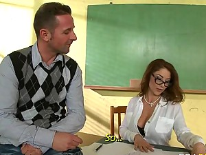 Horny Anal Cougar Roberta Gemma Gets Fucked Hard By a Student