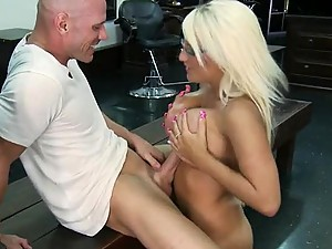 Blonde Babe is Out of This World and So is her Wet Pussy Covered With Oil