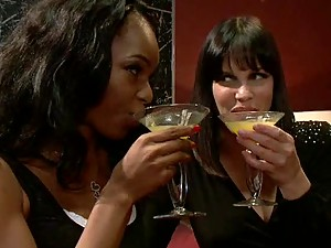 Horny Babes enjoy having Midnight Coctails