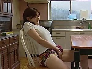 Japanese girl pleasures her pussy