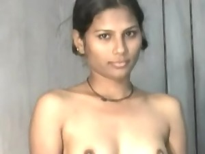 Sexy girl naked on cam