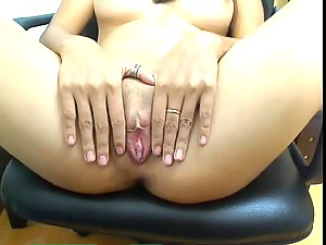 Asian webcam chick fucks ass with toy
