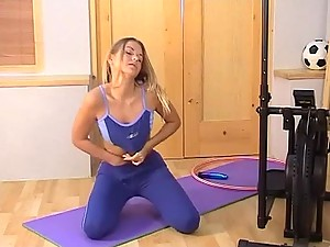 Joana Redgrave Masturbating And Playing With Her Pussy